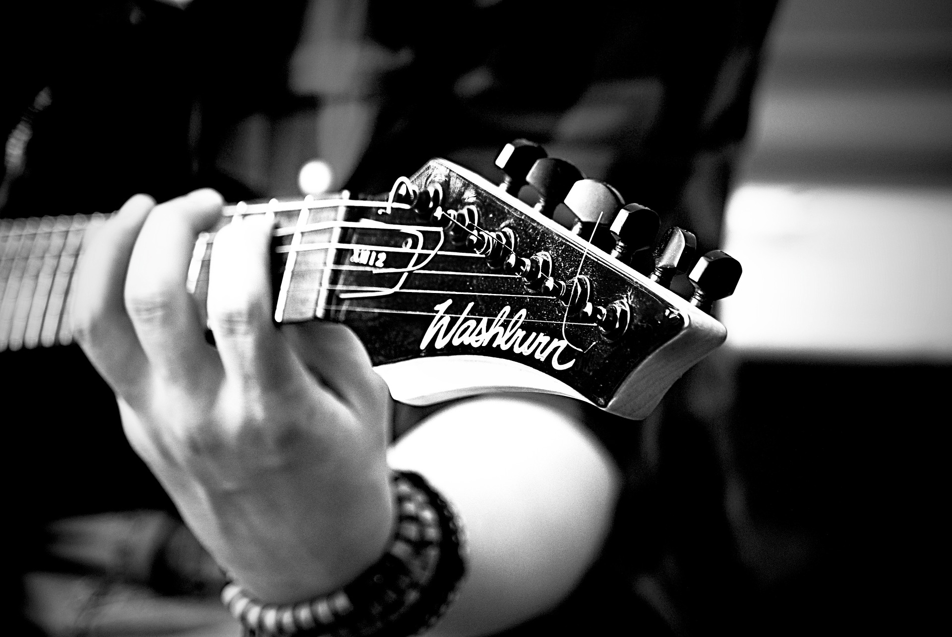 How To Play Guitar Solo In Any Key