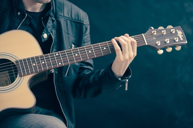 beginner guitar lessons raynham